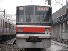 Pb100033