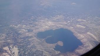 機内からの風景:十和田湖