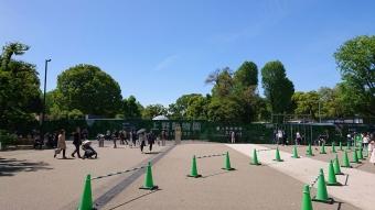 上野動物園の入口