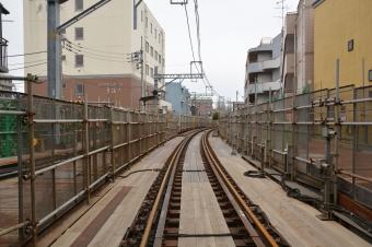 産業道路駅:元踏切の反対側(小島新田側)から