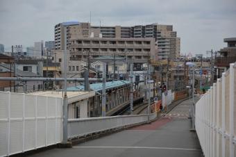 川崎貨物駅を渡る橋から見た小島新田駅
