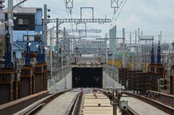 東門前駅:産業道路駅方面のトンネル