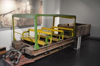 炭鉱で使っていた車両